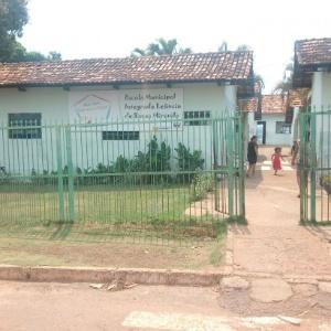 A Escola Municipal Leôncio Miranda vai receber serviços de pintura e manutenção hidráulica e elétrica
