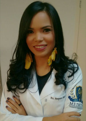 Amaynara Silva Souza, 27, indígena da etnia pataxó que se formou em medicina pela UFMG