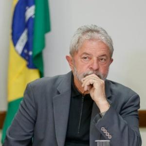 """""""O Brasil vai voltar a crescer"""", diz Lula no final da propaganda que vai ao ar sábado"""
