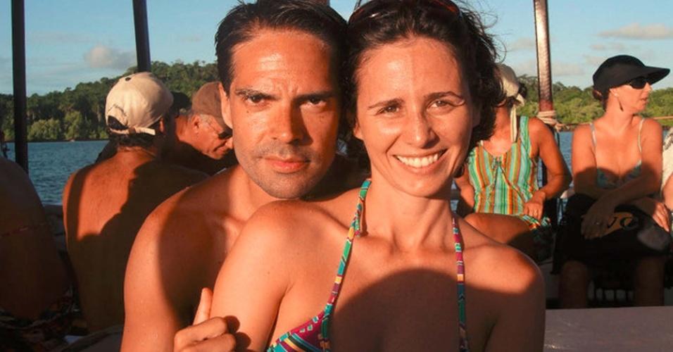 24.mai.2013 - Reprodução de imagem de site de relacionamento do casal Miriam Cecília Amstalden Baida, 37, e Fábio de Rezende Rubim, 40, mortos pelo vizinho em um condomínio de luxo em Santana de Parnaíba, na Grande São Paulo, na noite desta quinta-feira (24)