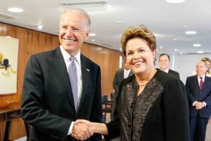 Presidente Dilma Rousseff e vice-presidente dos EUA, Joe Biden, se encontraram no Palácio do Planalto