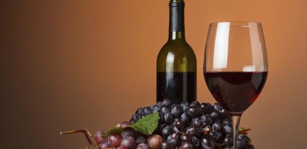 Acredita-se que o consumo moderado reduz os riscos de desenvolvimento de doenças cardiovasculares