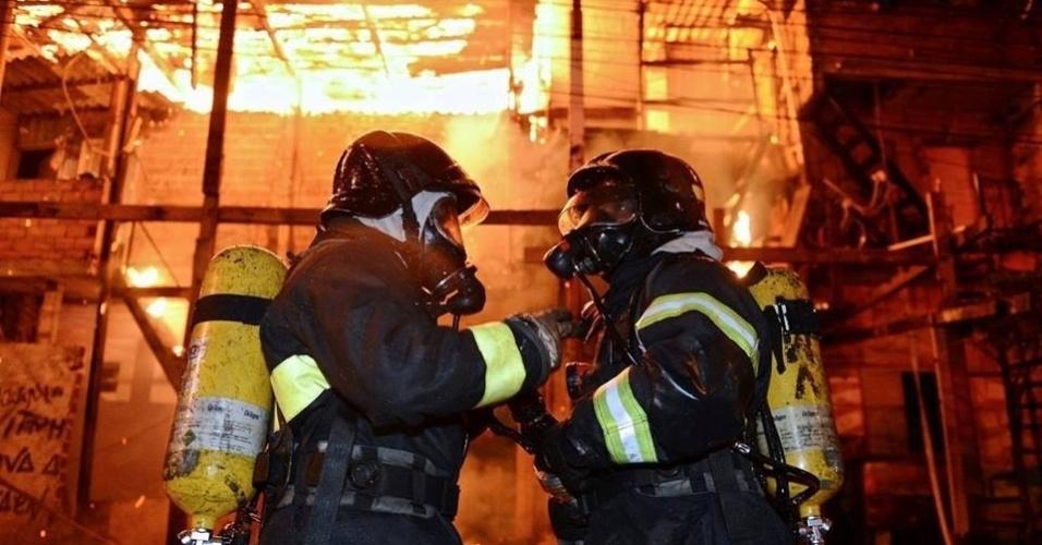 Resultado de imagem para bombeiros sp