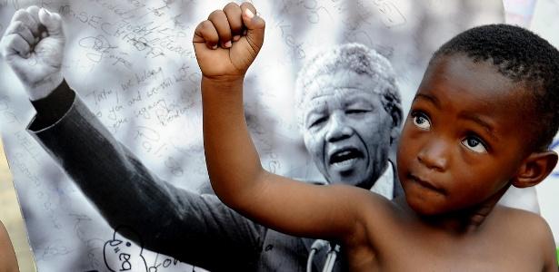 Desde 2010, a ONU (Organização das Nações Unidas) comemora em 18 de julho o Dia internacional em homenagem ao herói da luta anti-apartheid, o Mandela Day