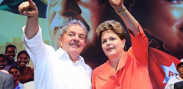 O ex-presidente Lula e a presidente Dilma Rousseff durante ato do PT em Salvador, na Bahia