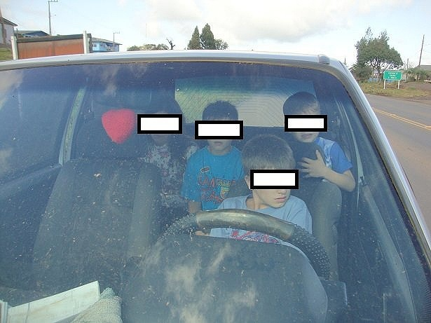PRF flagra menino de 11 anos dirigindo em estrada de Santa Catarina