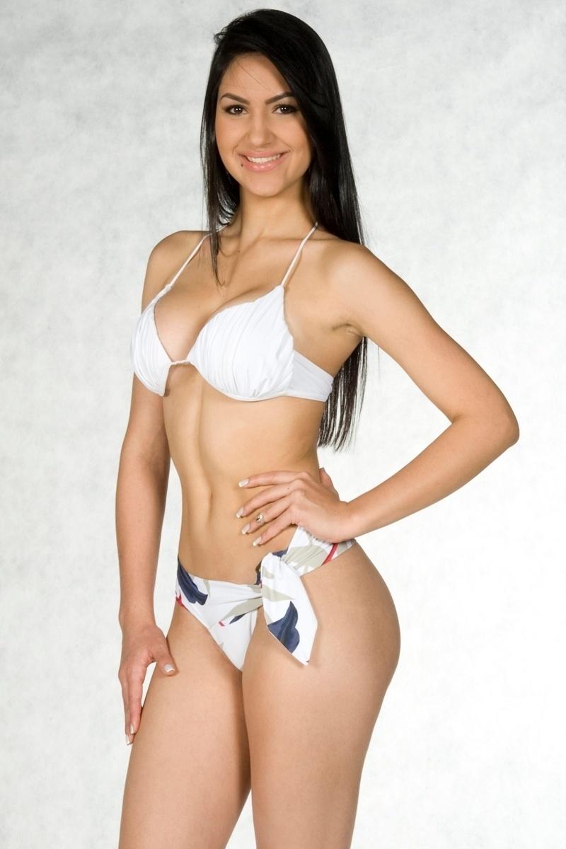 6.ago.2013 - Marina Salume Belchior, candidata de Campo Belo a Miss Minas Gerais 2013