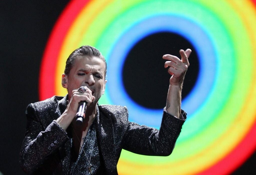 Dave Gahan faz apresentação na Polônia
