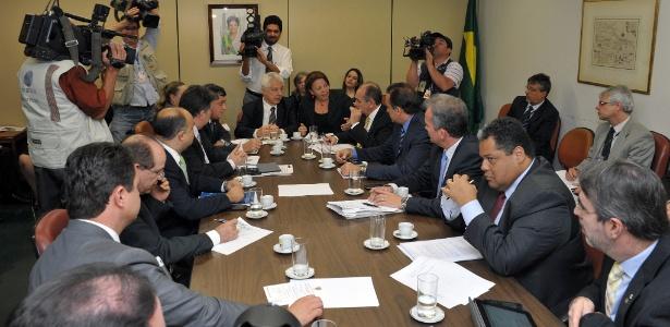 Reunião da base aliada da Câmara com a ministra Ideli Salvatti (Relações Institucionais) para discutir vetos presidenciais