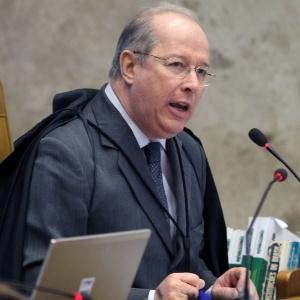 O decano do STF, ministro Celso de Mello, que dará o voto definitivo sobre o cabimento ou não dos embargos infringentes no julgamento do mensalão