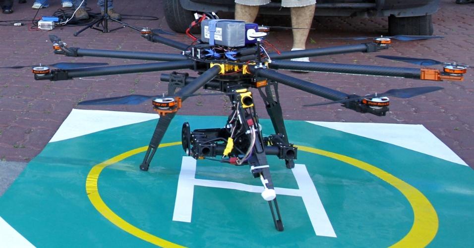 23.ago.2013 - Drone utilizado pelo batalhão da PM em Macaé, no Rio de Janeiro, em operações contra o tráfico de drogas