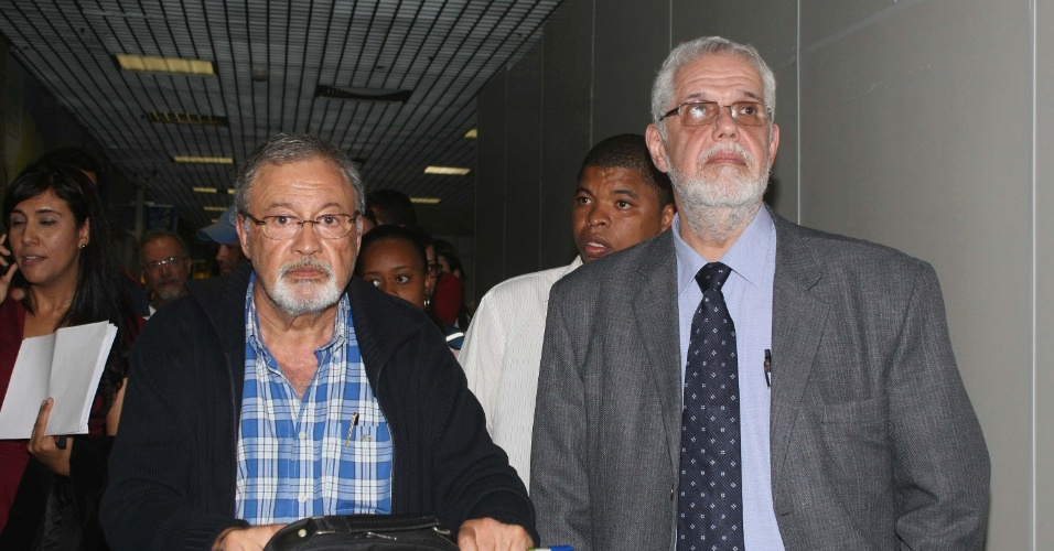"""23.ago.2013 - Médicos estrangeiros do programa do governo federal, """"Mais Médicos"""", desembarcam em Salvador, nesta sexta-feira"""