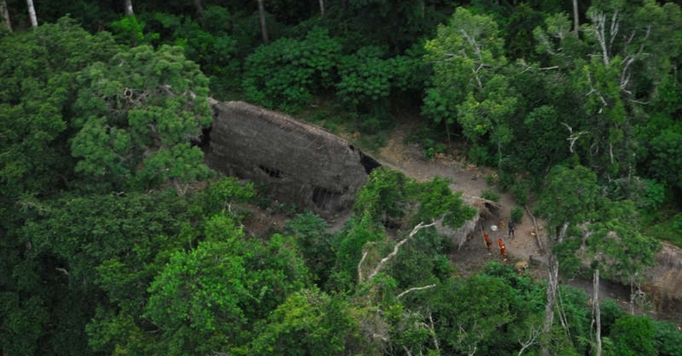 23.ago.2013 - tribos isoladas