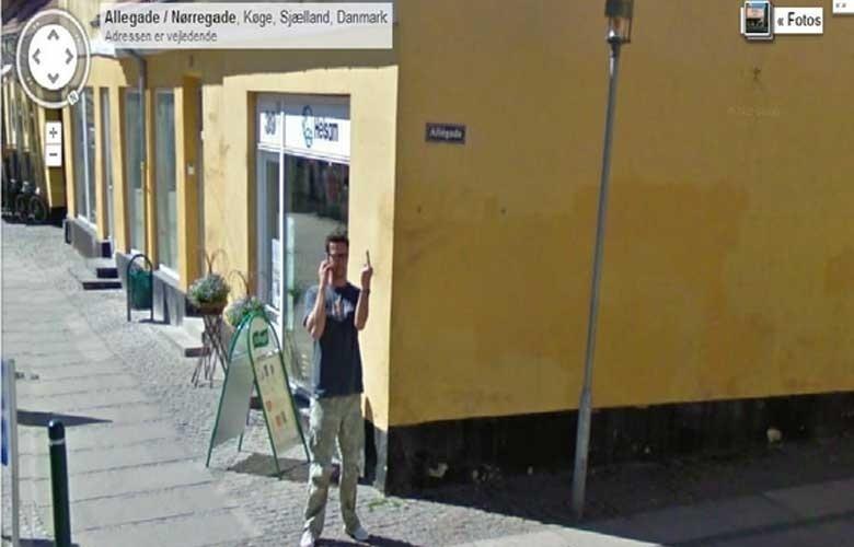 O Google Street View não é uma unanimidade: seus principais opositores são aqueles que defendem a privacidade. Uma lista do site ''Huffington Post'' mostra em imagens como esta acima, na Dinamarca, o que acontece quando o carro cheio de câmeras do Google cruza o caminho de seus inimigos