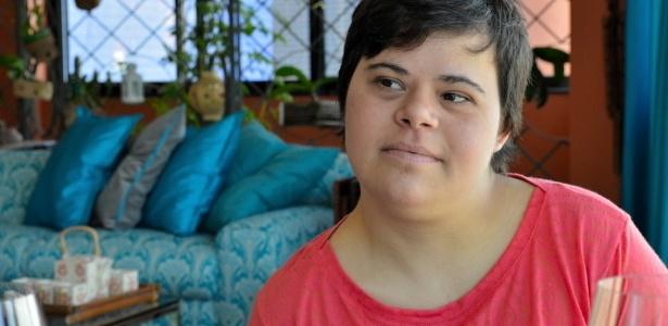 Débora de Araújo Seabra de Moura, 32, primeira professora com síndrome de Down