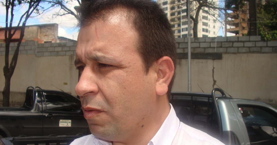 O médico brasileiro Fausto José Solis Carvalho, 34, que faz parte do programa Mais Médicos, em MG