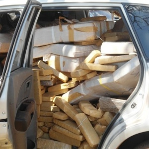 Traficante morre esmagado por 500 kg de maconha