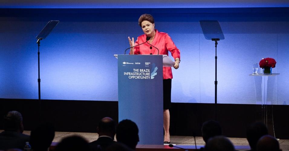 Resultado de imagem para Dilma palestrando