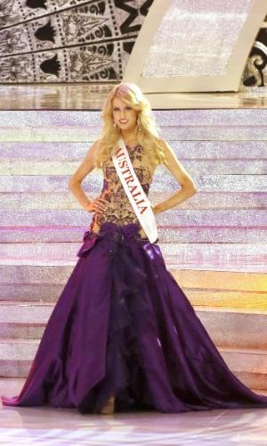 28.set.2013 - Erin Holland, Miss Austrália, participa de apresentação aos jurados durante o concurso Miss Mundo 2013 em Bali (Indonésia)
