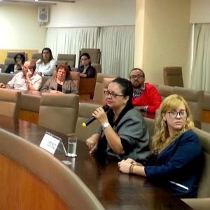 Maria Helena Souza fala aos membros da Comissão Estadual da Verdade em nome do marido, Amilcar Lobo, morto em 1997. Lobo era o médico-psicanalista do DOI-Codi