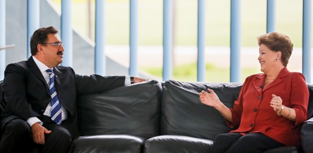 Presidente da República, Dilma Rousseff, é entrevistada pelo apresentador do SBT Ratinho, durante encontro no Palácio da Alvorada, em Brasília