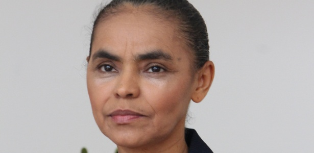 A ex-senadora e ex-ministra Marina Silva dá entrevista em Brasília sobre sua filiação ao PSB