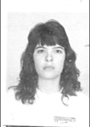 16.out.2013 - Rosemeire Almeida Ribeiro, 40, nascida em Governador Valadares, Minas Gerais, é procurada por falsificação de documento público