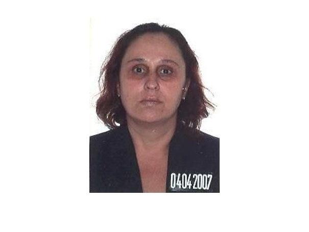 16.out.2013 - Simone Andréa de Freitas, 45, nascida em Divinópolis, Minas Gerais, é procurada por peculato e falsificação de documento público