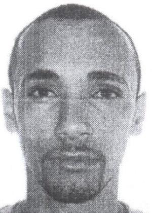 16.out.2013 - Willian Moraes da Silva, 31, é procurado por roubo