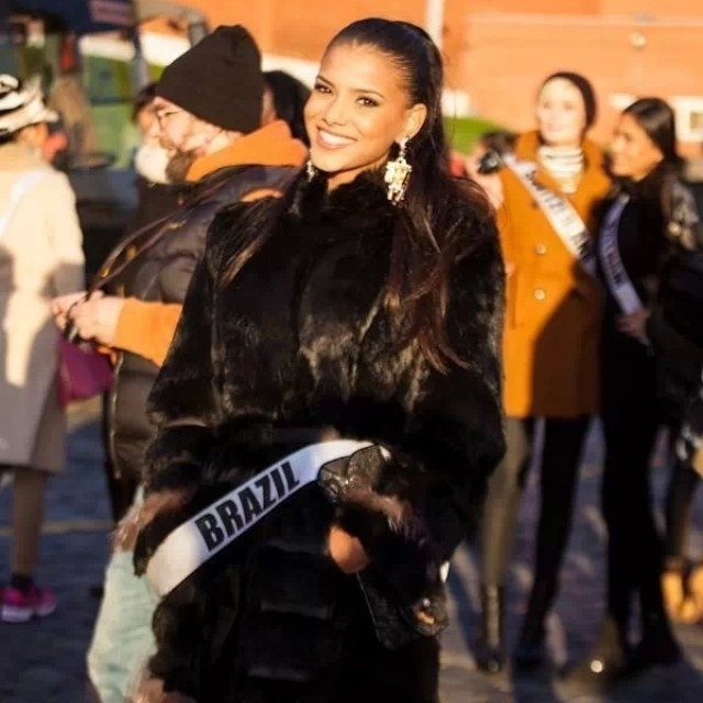 Miss Universo 2013 26.out.2013 a Miss Brasil