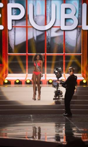 5.nov.2013 - Yaritza Reyes, Miss Universo República Dominicana desfila de biquíni durante Competição Preliminar do Miss Universo 2013. A final acontece neste sábado (9) em Moscou, na Rússia