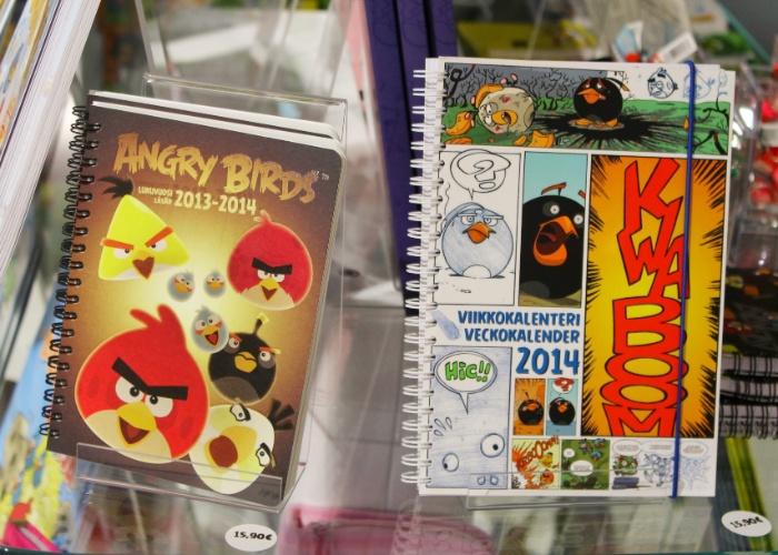 Caderno e agenda do ''Angry Birds'' são vendidos por 15,90 euros (cerca de R$ 50) em loja conceito na sede da Rovio em Espoo (Finlândia)
