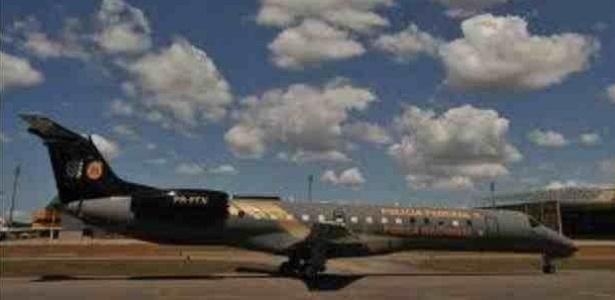 Aeronave da Polícia Federal que transportará presos do mensalão para Brasília