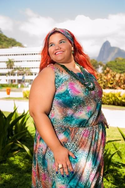 18.nov.2013 - A candidata Izabella Abreu, 18, de Saquarema, é uma das participantes do concurso Miss Plus Size Carioca 2013. O evento acontece no próximo dia 23, às 20h, na Casa de Espanha, Salão Nobre, no bairro do Humaitá, no Rio. Nas categorias de premiações, além da Miss Plus Size Carioca 2013, há a coração de Vice Miss, Terceiro Lugar, Miss Simpatia, Miss Elegante e Miss Virtual