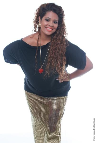 18.nov.2013 - A candidata Josiane Lira, 32, de Duque de Caxias, é uma das participantes do concurso Miss Plus Size Carioca 2013. O evento acontece no próximo dia 23, às 20h, na Casa de Espanha, Salão Nobre, no bairro do Humaitá, no Rio. Nas categorias de premiações, além da Miss Plus Size Carioca 2013, há a coração de Vice Miss, Terceiro Lugar, Miss Simpatia, Miss Elegante e Miss Virtual