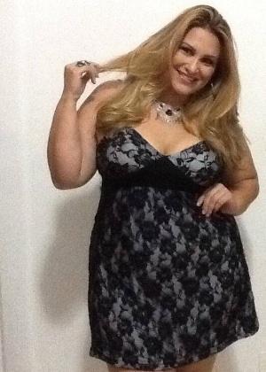 18.nov.2013 - A candidata Josiane Lira, Áurea Vale, 32, de Cabo Frio, é uma das participantes do concurso Miss Plus Size Carioca 2013. O evento acontece no próximo dia 23, às 20h, na Casa de Espanha, Salão Nobre, no bairro do Humaitá, no Rio. Nas categorias de premiações, além da Miss Plus Size Carioca 2013, há a coração de Vice Miss, Terceiro Lugar, Miss Simpatia, Miss Elegante e Miss Virtual