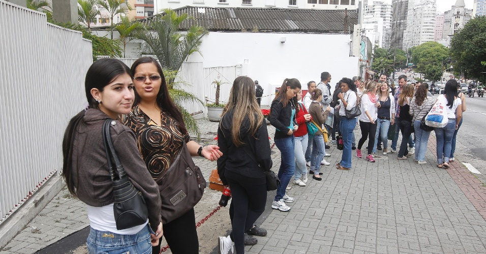 A prova do Enade (Exame Nacional de Desempenho de Estudantes) 2013 acontece hoje (24), com início às 13h (horário de Brasília) e término às 17h