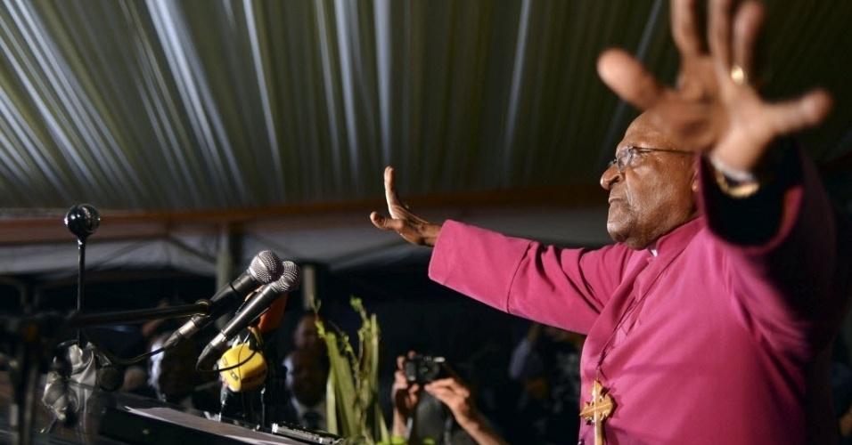 9.dez.2013 - Arcebispo da Igreja Anglicana Desmond Tutu discursa no Centro de Memória Nelson Mandela, em Johanesburgo (África do Sul)