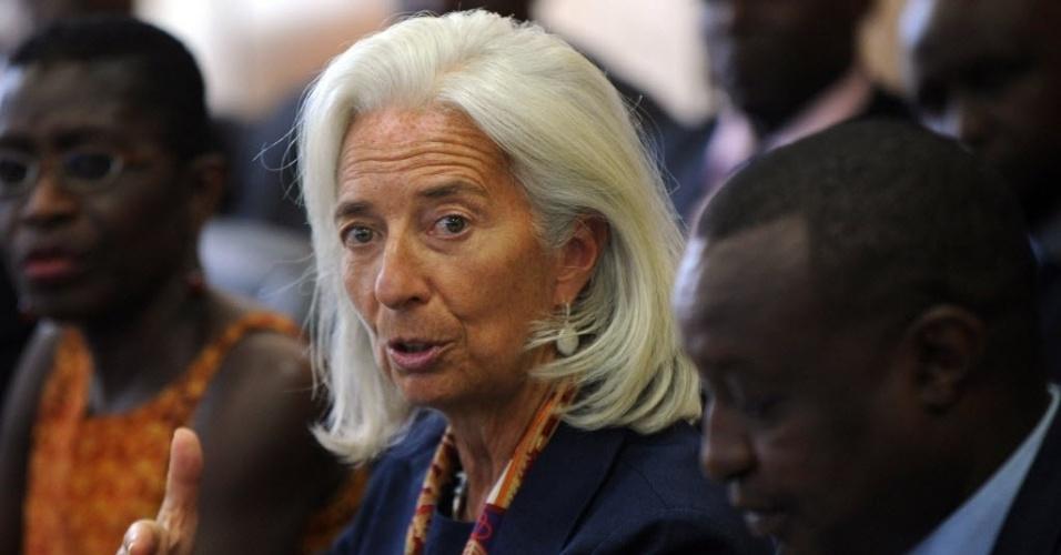 6.jan.2014 - A diretora geral do Fundo Monetário Internacional, Christine Lagarde, e o ministro das Finanças do Quênia, Henry Rotich, participam de uma reunião no Tesouro, em Nairobi. Lagarde está no país para uma visita de três dias. O objetivo é manter contatos com políticos e outros representantes do país africano