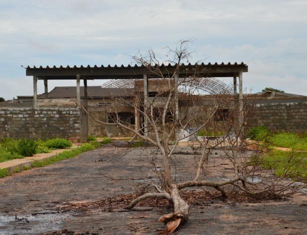 Fachada da penitenciária de Imperatriz (630 km de São Luís), cujas obras estão paradas