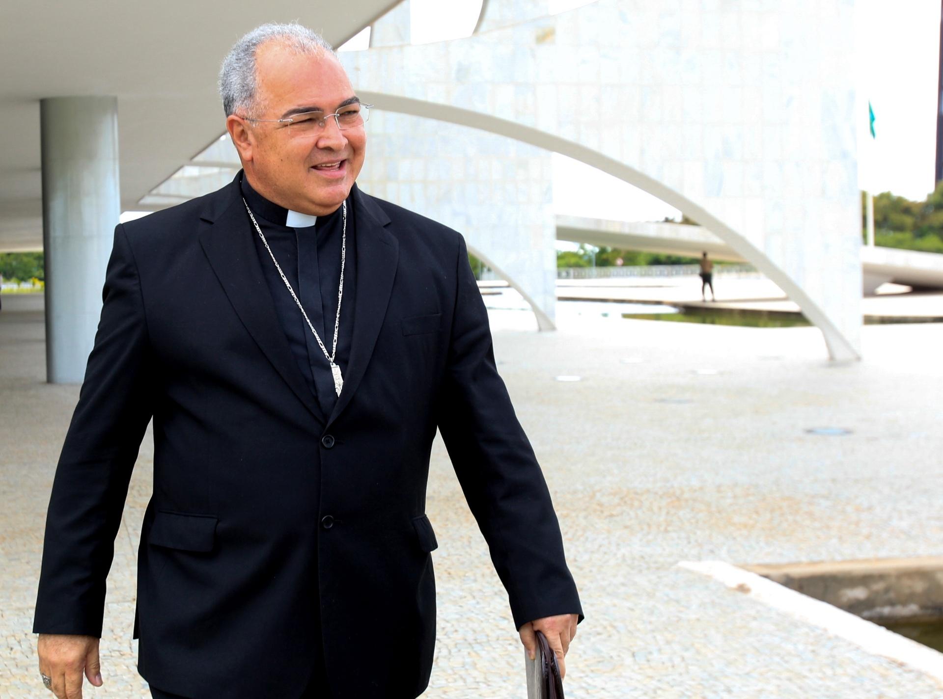 22.01.2014 - O Arcebispo do Rio de Janeiro, Dom Orani João Tempesta, deixa o Palácio do Planalto após encontro com a presidente Dilma Rousseff