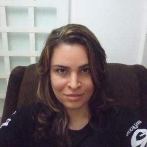 O delegado de Polícia Civil Thiago de Castro Teixeira submeteu-se à cirurgia de mudança de sexo, na Ásia, da qual ainda se restabelece, e voltará ao trabalho em fevereiro como a delegada Laura de Castro Teixeira