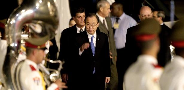 O secretário geral da ONU, Ban Ki-moon, chega neste domingo ao aeroporto José Martí, em Havana (Cuba), para a reunião da Celac (Comunidade de Estados de América Latina e Caribe)