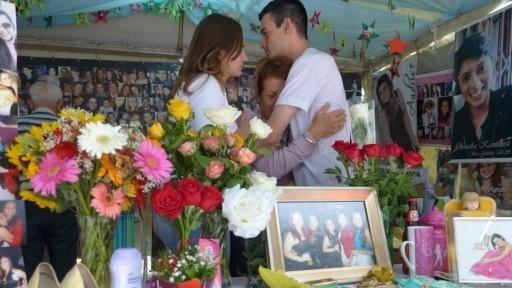 27.jan.2014 - Fani Torres chora morte da filha em Santa Maria há um ano