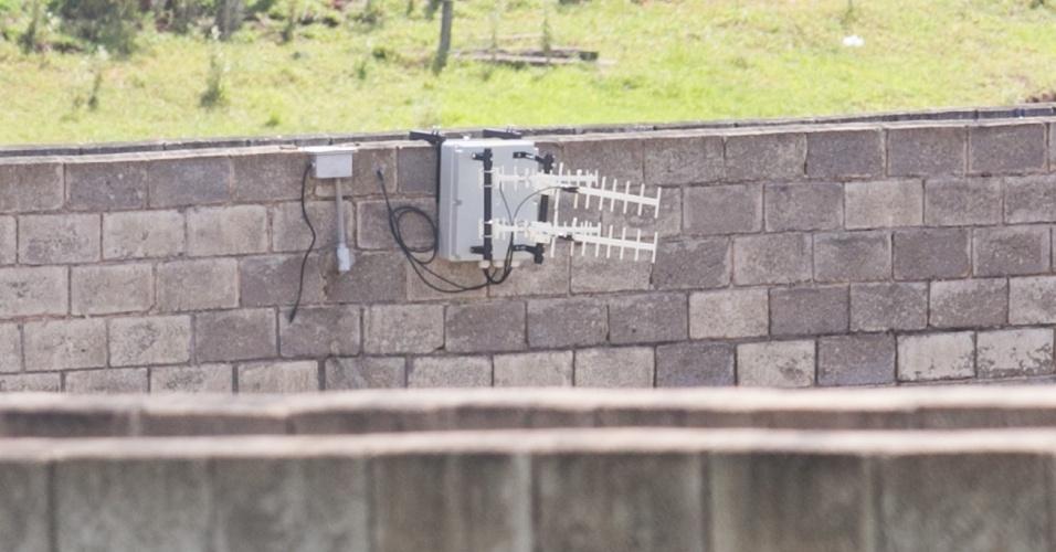 31.jan.2014 - Governo de São Paulo inaugurou nesta sexta-feira (31) a operação do sistema de bloqueadores de telefonia celular em presídios do Estado. A primeira unidade a receber os equipamentos foi a Penitenciária II