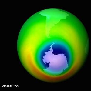 Imagem mostra a camada de ozônio em 1999