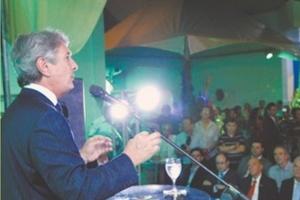 Fernando Collor durante festa de inauguração do edifício Jornalista Arnon de Mello, que será locado ao TRE de Alagoas