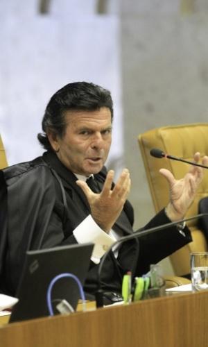 13.mar.2014 - O ministro Luiz Fux discursa durante o julgamento do mensalão, nesta quinta-feira (13), no STF (Supremo Tribunal Federal)