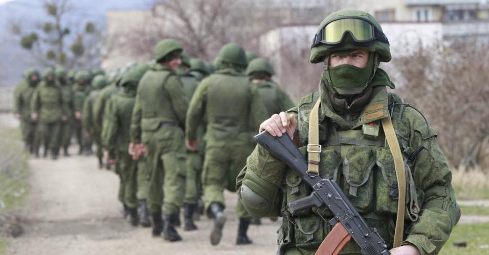 """Mais conspiração: General Ucraniano diz: """"Não são tropas russas que estão lutando contra nós!"""""""