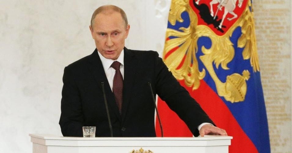 """18.mar.2014 - Em pronunciamento no Parlamento da Rússia nesta terça-feira (18), o presidente Vladimir Putin declarou que a Crimeia """"é russa e sempre será"""" e que a declaração de independência da região da Ucrânia não transgrediu leis internacionais"""